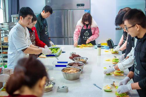 成都蒲江轻食培训,不仅仅只是教你做沙拉