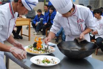 成都川菜汇厨师培训可以免费提供品尝试吃么?
