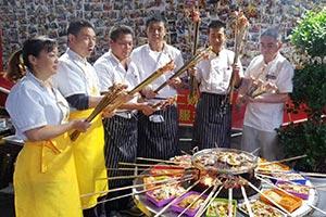 成都火盆烧烤培训,教正宗的西昌火盆烧烤技术