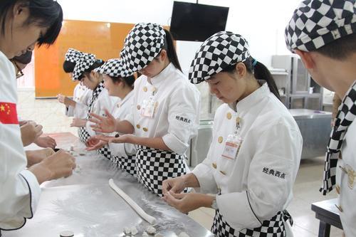 厨师培训适合人群有哪些?