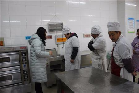 厨师培训学校学费贵吗?