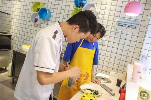 厨师培训怎么选?找专业厨师培训学校 这些你需要知道!