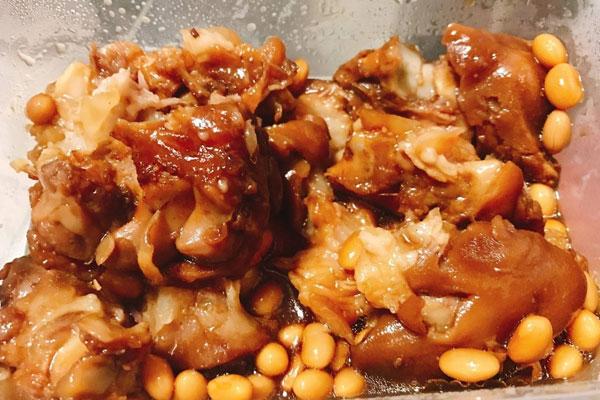黄豆卤猪蹄的做法,卤猪蹄怎么做好吃?