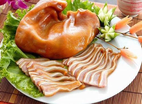 现捞和绝味那个好吃,现捞鸭脖好吃还是绝味?
