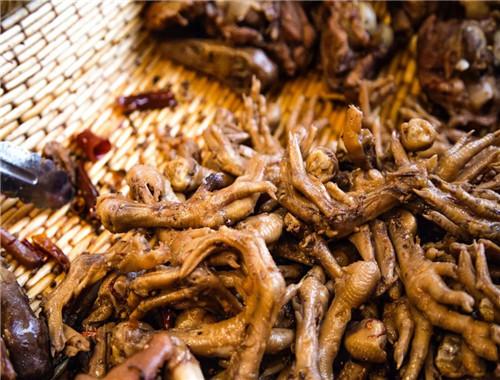 现捞卤菜和传统卤菜哪个更有市场前景?