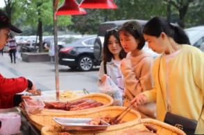 投资川菜美食培训汇现捞有哪些优点,开店简单吗?