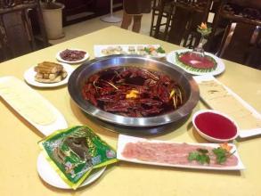 成都川菜美食培训汇提醒大家这些火锅菜千万不要重复热