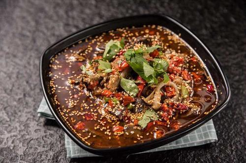 火锅型冒菜的底料是怎么样制作的?