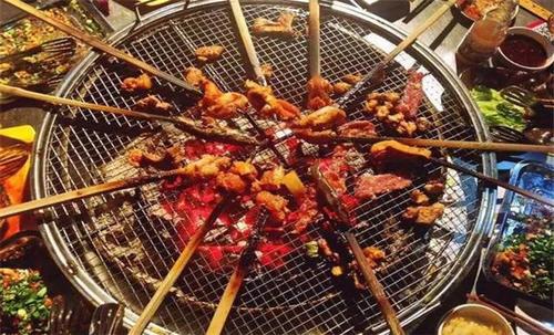 西昌火盆烧烤起源简介,创业做西昌火盆烧烤的4大特色