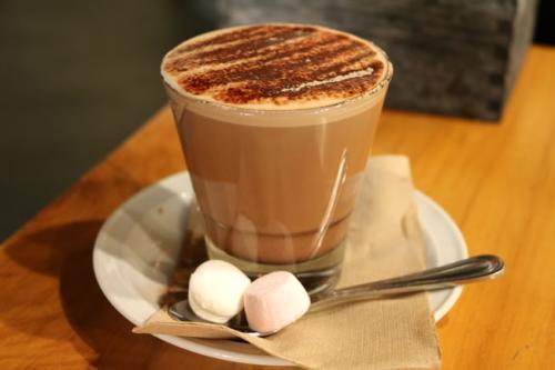 三四线乡镇小城市开奶茶店怎么样,比一二线城市更容易么?