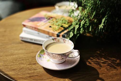 成都奶茶店赚不赚钱,奶茶开店创业挣钱么?
