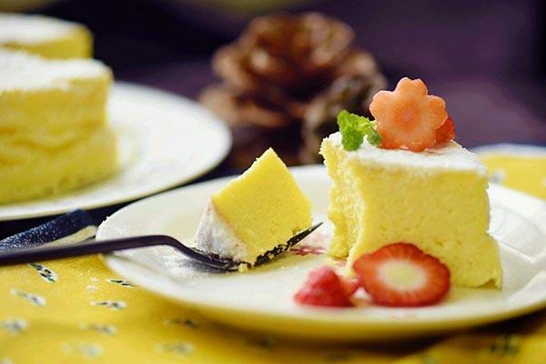 轻乳酪蛋糕培训-成都轻乳酪蛋糕培训班学费多少钱哪家好?